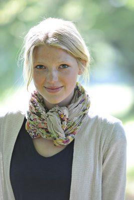 Fotostudio Starnberg - Fotograf Tobias Vetter aus Allmannshausen shootet Greta - ein natürliches Porträt